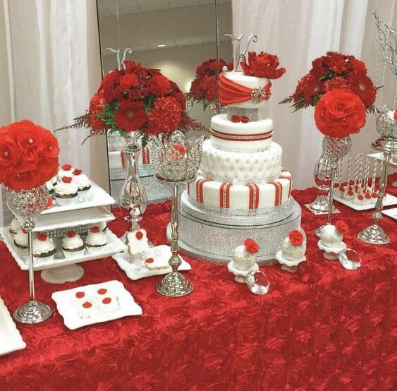 Mesa de Dulces para 15 años en rojo